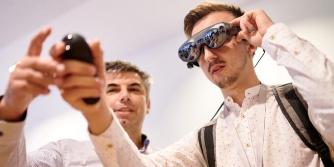 Координатор: обладнання для заходів в VR-форматі